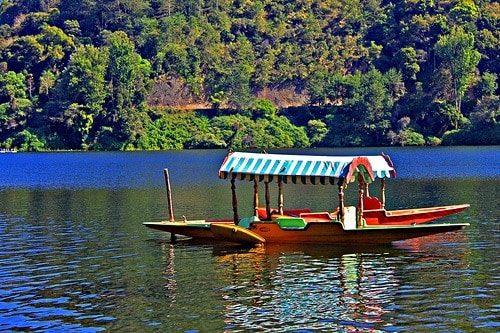 Shikara Boat Ride at the Kundala Lake, Munnar