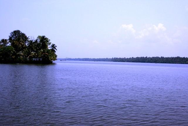 Lagoons on the way to Cherai