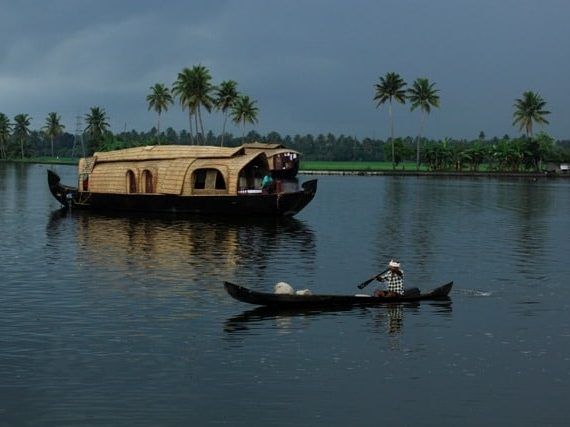 Unveiling the Charm of Alleppey Backwaters