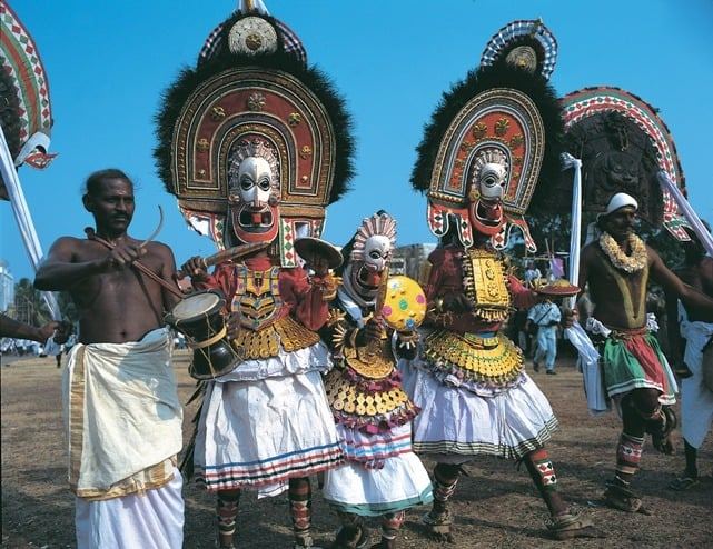 temple-procession