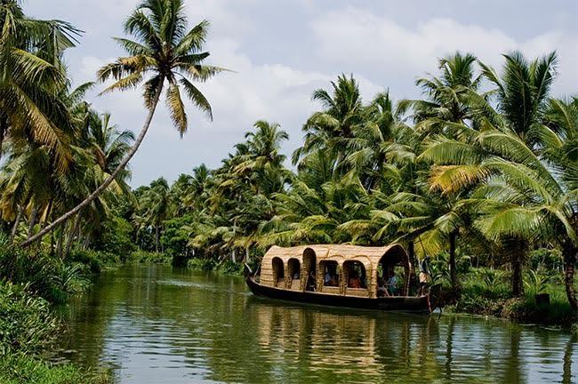 Houseboat Kottayam