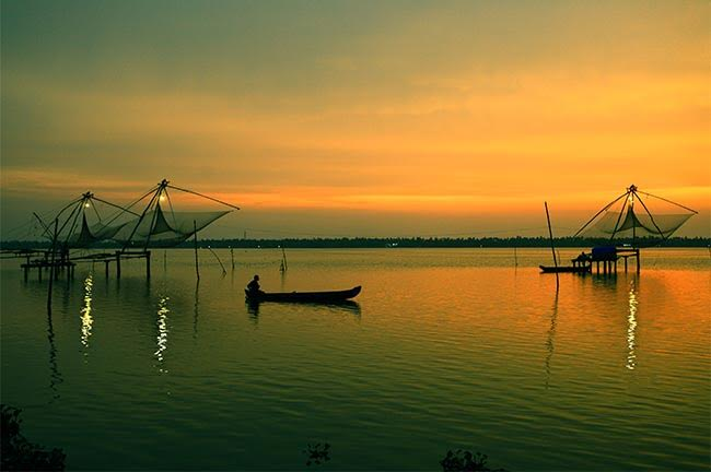 Kumbalangi Backwaters