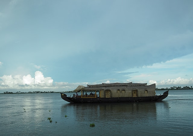 House-boat-in-Alleppey