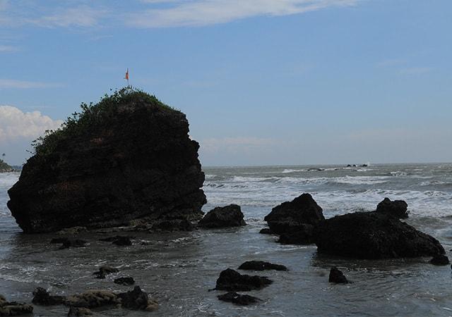 Dharmadom Beach