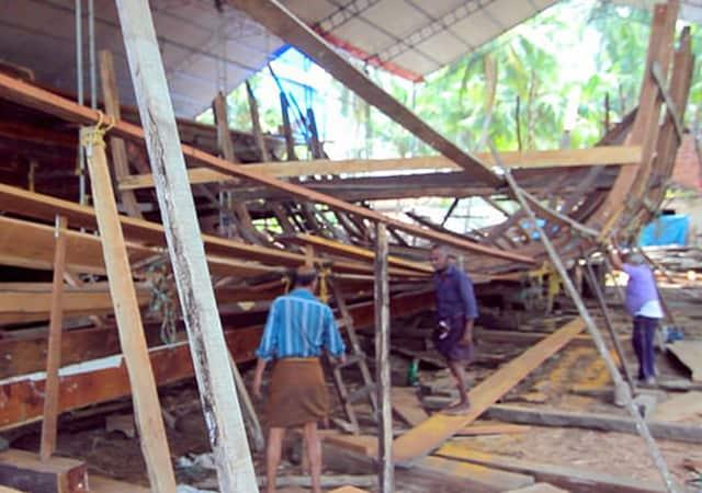 Watch boat building at Beypore