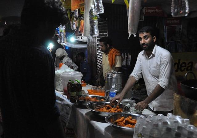 Eat Food from Naadan Thattukada
