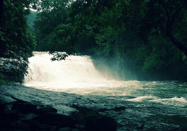 Thommankuthu-Waterfall