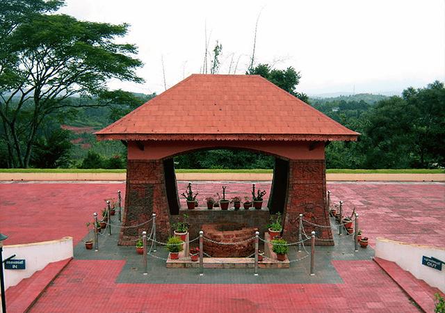 Pazhassi Raja Tomb