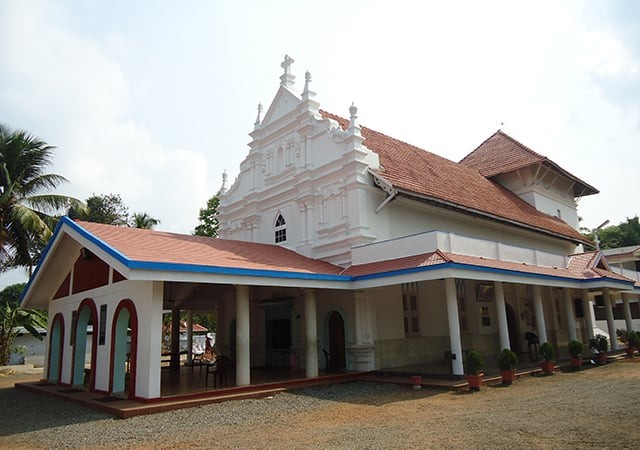 St-Marys-jacobite-Syrian-church-Angamaly