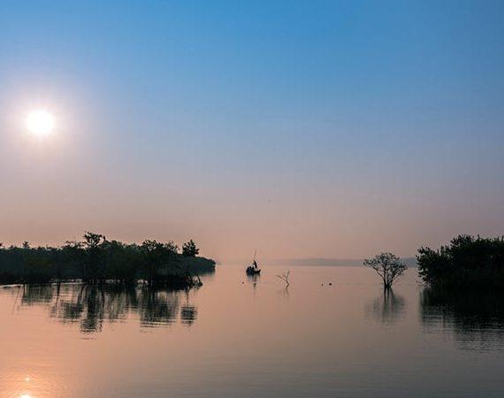 Exploring Kerala Backwaters : Kumarakom