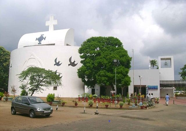 Parumala-Church-Front